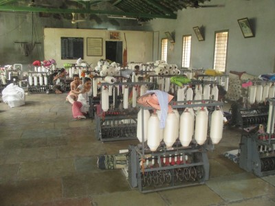 Meeting our makers: Cotton spinning at the KVIC co-operative in Gondal. Where Does It Come From? www.wheredoesitcomefrom.co.uk
