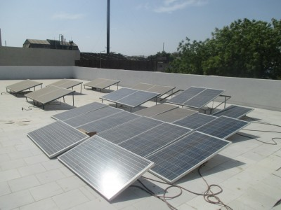 Meeting our makers: Solar Panels at Gondal Green Khadi Centre. Where Does It Come From? www.wheredoesitcomefrom.co.uk